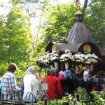 Могила святой блаженной Матроны Московской на Даниловском кладбище