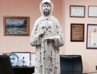 Памятник святой Матроне