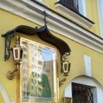 Чудодейственная икона святой Матроны Московской на территории Покровского монастыря